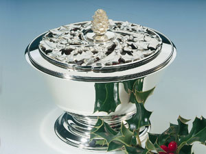 Winter Holly Bowl