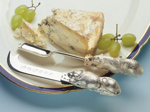 Mouse Cheese Scoop and Knife